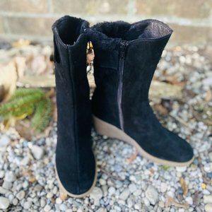 CORDANI Women BLACK SUEDE ZIPPER ANKLE BOOTS 6.5